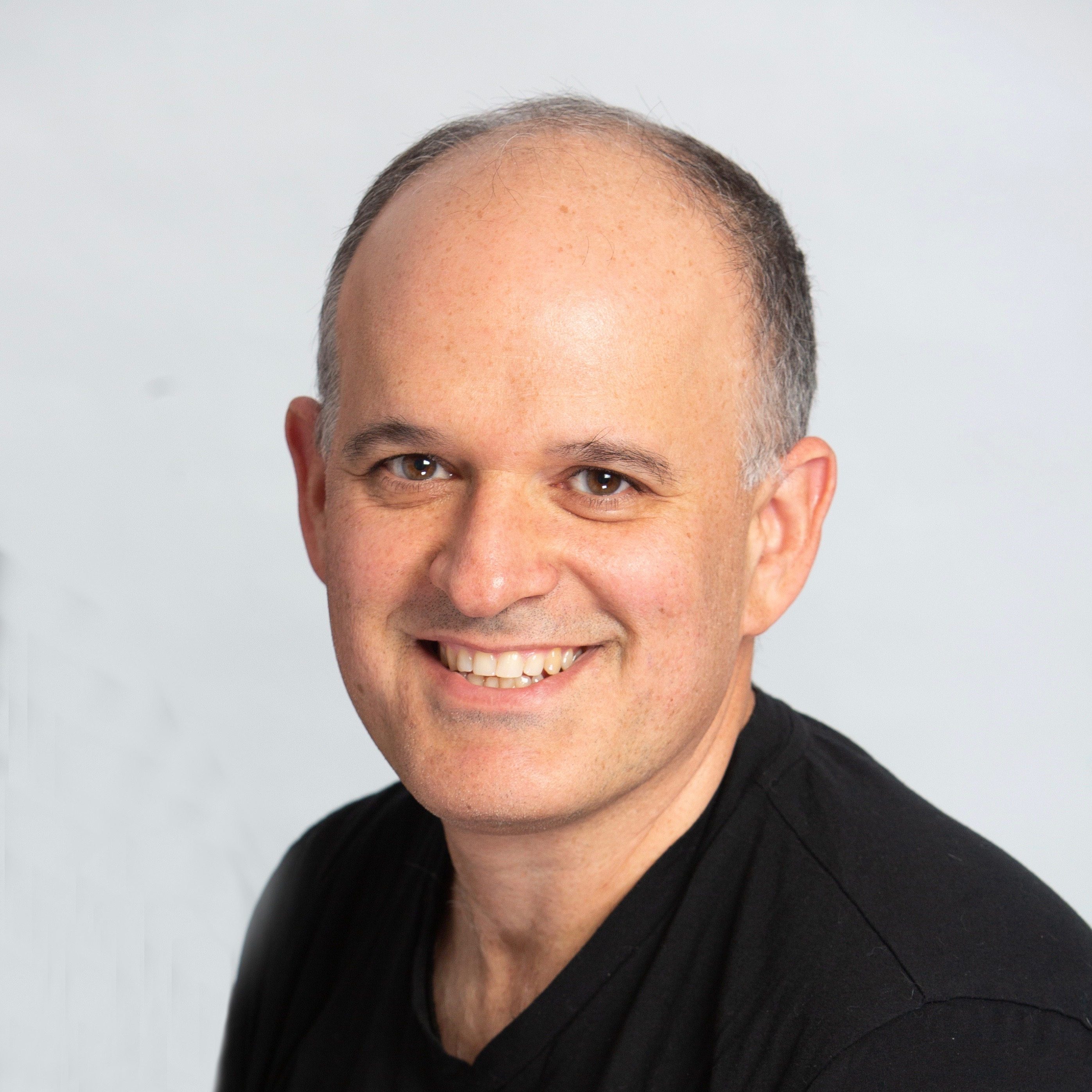 ROBERT WOLPOV – Internet and Software Executive